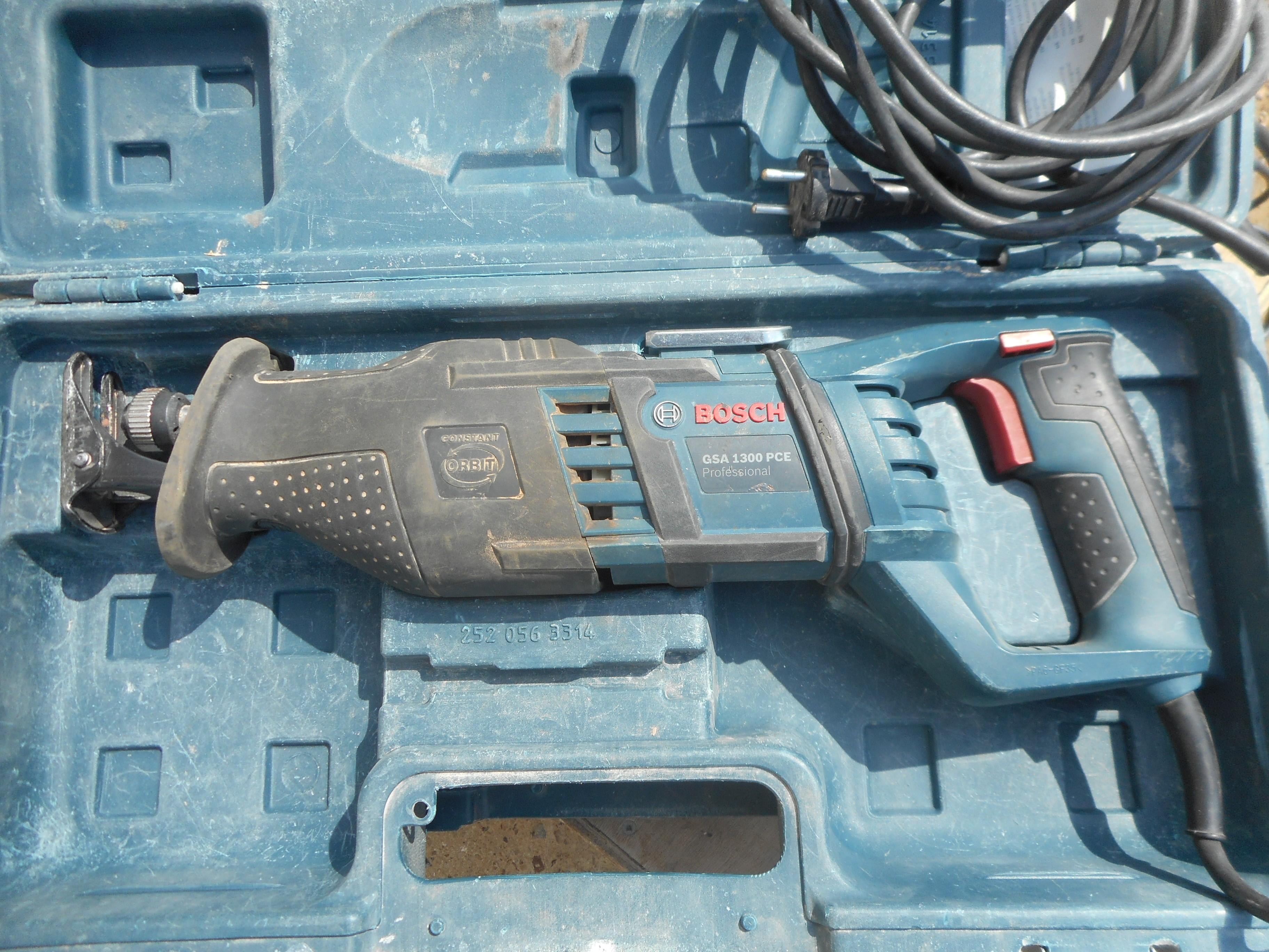 Bosch Gsa 1300 Pce Sabre Saw Daftar Harga Terbaru Dan Terlengkap Mesin 1300w Scie