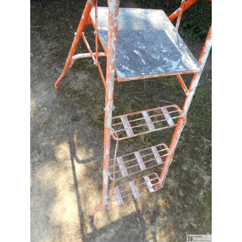 escabeau theard 4 marches en tbe toutoccas72. Black Bedroom Furniture Sets. Home Design Ideas