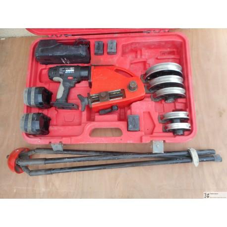 Cintreuse EurostemII 14.4V-Li 2 bat. forme 12-14-16-18-22mm Virax